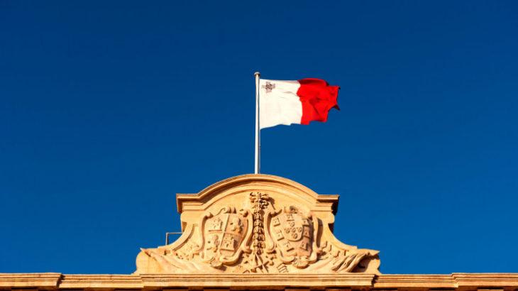 Malta miraton tre ligje në mbështetje të teknologjisë blockchain