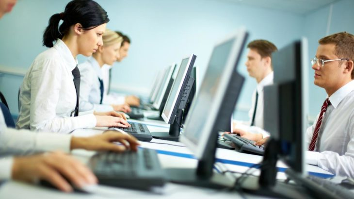 INSTAT, ndërmarrjet ekonomike që përdorin internet ishin 96,0 % më 2017