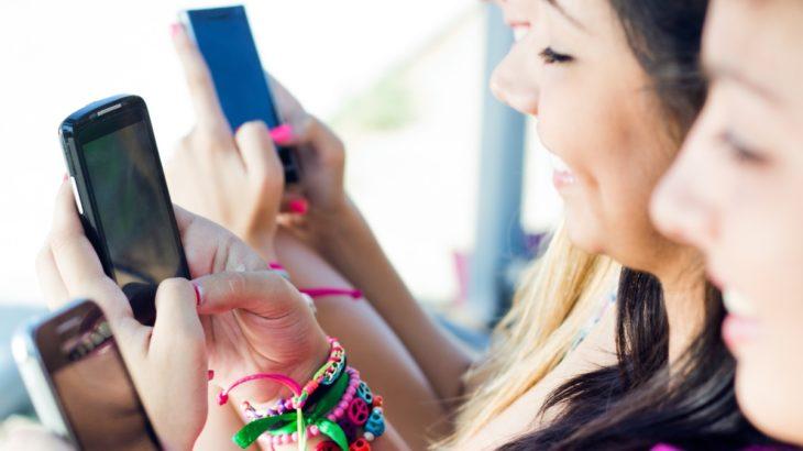 Femrat janë më të prirura për të shpenzuar në aplikacione sesa meshkujt