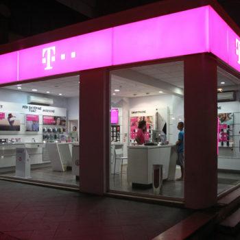 AKEP miraton shitjen e Telekom Albania