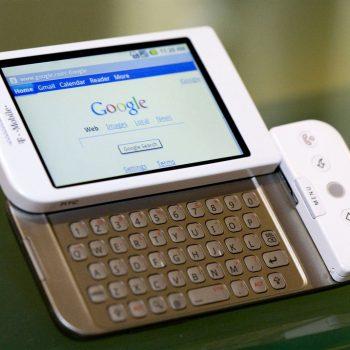 Androidi mbushi 10 vite, sistemi operativ që fundosi BlackBerry, Symbian dhe Windows Mobile