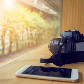 Çfarë efekti kanë pasur smartfonët në industrinë e kamerave të dedikuara?