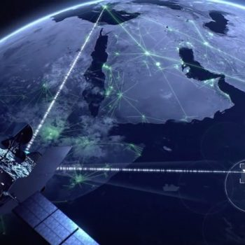 Inmarsat dhe Panasonic bashkëpunojnë për të sjellë internet në fluturimet ajrore