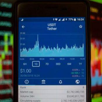 Bie vlera e Tether, Bitcoin, Ether dhe XRP rriten me 7%