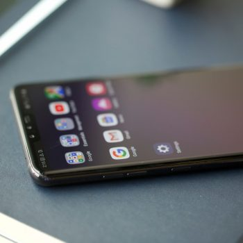 V40 ThinQ është telefoni me pesë kamera i premtuar nga LG