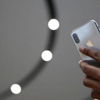 Apple përfundon në gjykatë për komisionet që mban gjatë blerjes së aplikacioneve