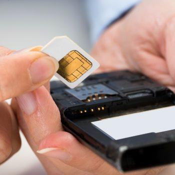 Humbën mijëra dollarë kriptomonedha nga ndërrimi i kartës SIM, investitorët padisin operatorët celularë Amerikanë