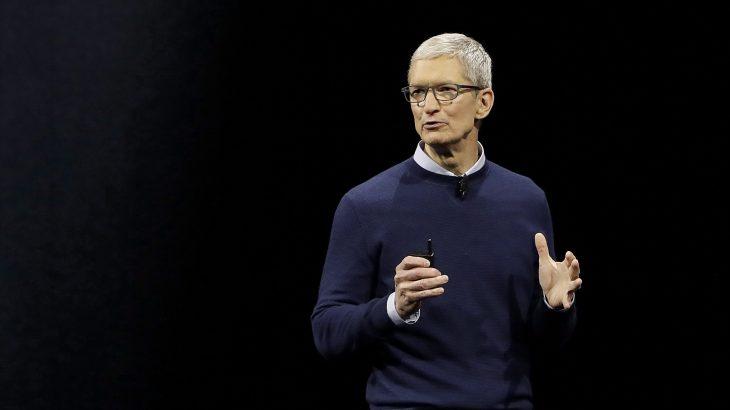 Shefi ekzekutiv i Apple Tim Cook bëhet miliarder