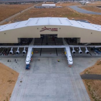 Njihuni me dronin satelit, mjeti fluturues më i madh në botë