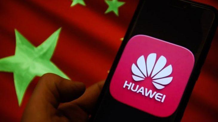 Policia Britanike heq pajisjet e Huawei nga sistemet e komunikimit