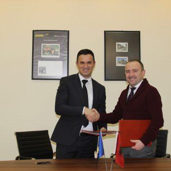 Posta Shqiptare ndihmon Postën e Kosovës për shitblerjet online
