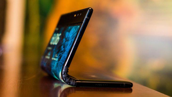 FlexPai, telefoni i parë në botë me ekran që paloset është realitet