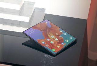 Telefoni me ekran që paloset i Huawei më në fund në shitje