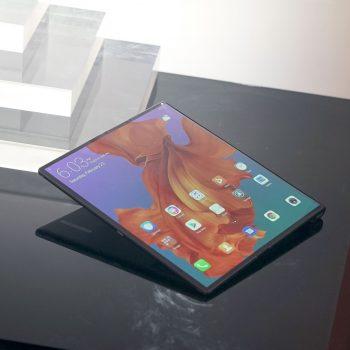 Shtyhet edhe telefoni me palosje i Huawei