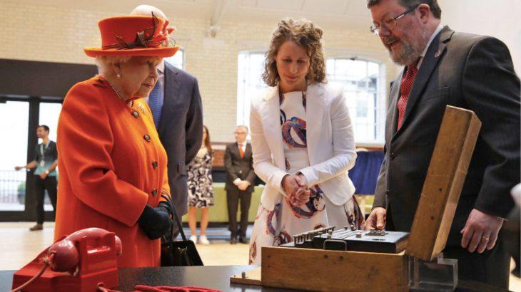 Mbretëresha e Britanisë përdor për herë të parë Instagramin