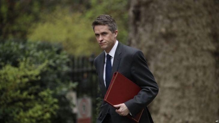 Çështja Huawei, shkarkohet Sekretari Britanik i Mbrojtjes