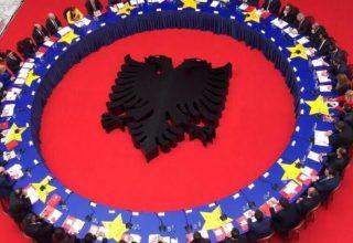 A do të hiqet Roamingu në Qershor mes Shqipërisë dhe Kosovës?