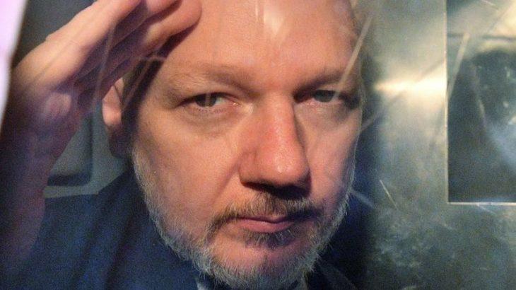 Britania pranë ekstradimit të Julian Assange në SHBA