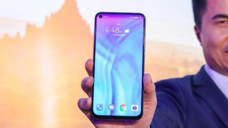 Shitjet globale të smartfonëve Huawei në tatëpjetë