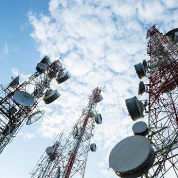 Hakerët Kinezë thyejnë sistemet e 10 kompanive globale të telekomunikacionit
