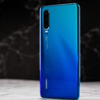 Sanksionet Amerikane do të reduktojnë me 40% shitjet e smartfonëve Huawei tha CEO i kompanisë