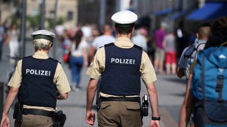 Gjermania aksion kundër gjuhës së urrejtjes online