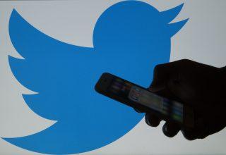 Twitter fshin 8,558 llogari të lidhura Partinë Përparimtare në Serbi