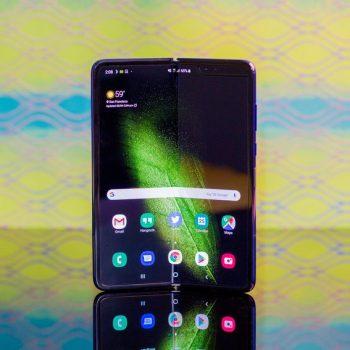 Samsung publikon udhëzime sesi të kujdeseni për Galaxy Fold