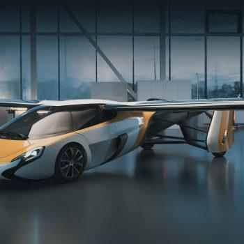 Makina fluturuese krijuar nga novatori Sllovak Stefan Klein po revolucionarizon transportin