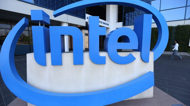 Intel prezanton një procesorë 18 bërthamësh nën 1,000 dollarë