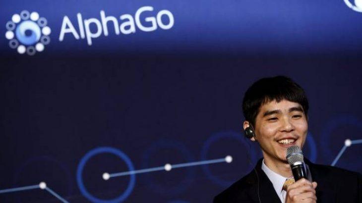 Kampioni i botës në lojën Kineze 3,000 vjeçare tërhiqet sepse nuk mund dot inteligjencën artificiale