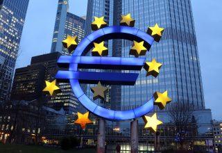 Përshkallëzohet beteja mes Apple dhe Komisionit Evropian