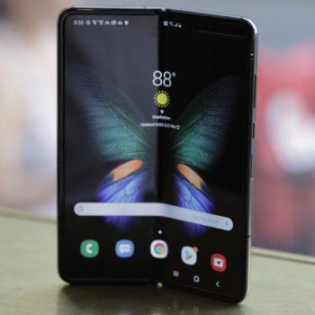 Samsung ka shitur 1 milionë Galaxy Fold