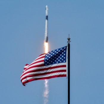 Vizioni 16-vjeçar i Elon Musk rikthen astronautët Amerikanë në hapësirë pas 9 vitesh