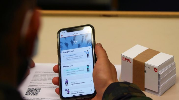 Ushtria zvicerane përdor smartfonët për të luftuar Covid-19