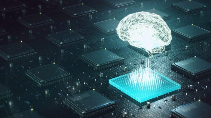Musk demonstron teknologjinë e kontrollit të pajisjeve me mendje