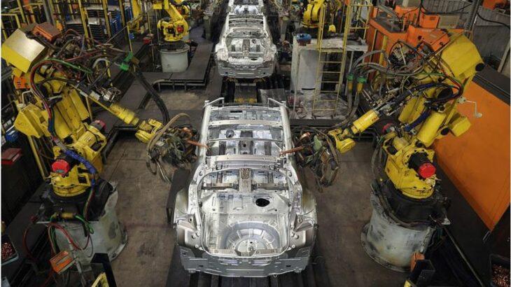 Makineritë do të bëjnë gjysmën e punëve në 2025