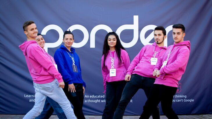 PONDER fuqizon të rinjtë me mendimin kritik mediatik