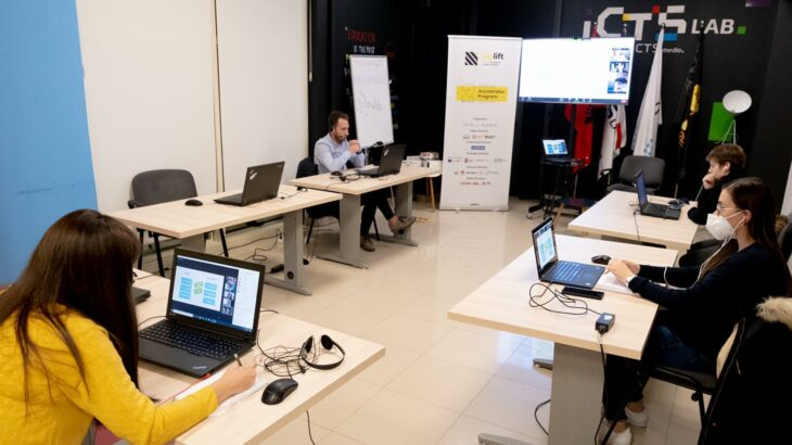 Ekspertët e Uplift Albania ndajnë me startupet eksperiencën e tyre mbi financat dhe investimet