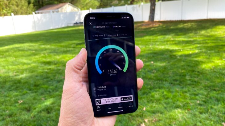 iPhone e parë me teknologjinë 5G të Apple vinë në 2023