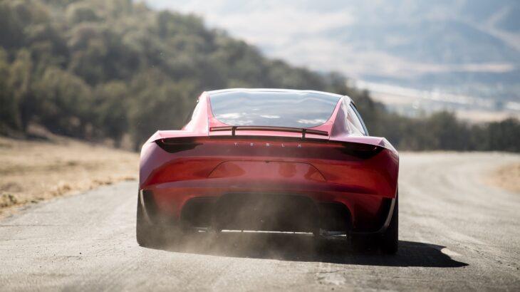 Makina elektrike Tesla Roadster do të ketë një raketë?