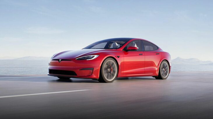 Tesla shet një numër rekord makinash elektrike