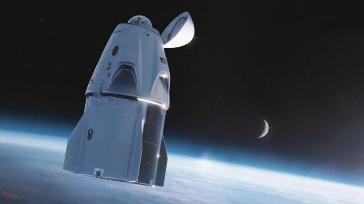SpaceX transmeton live udhëtimin e parë civil në hapësirë